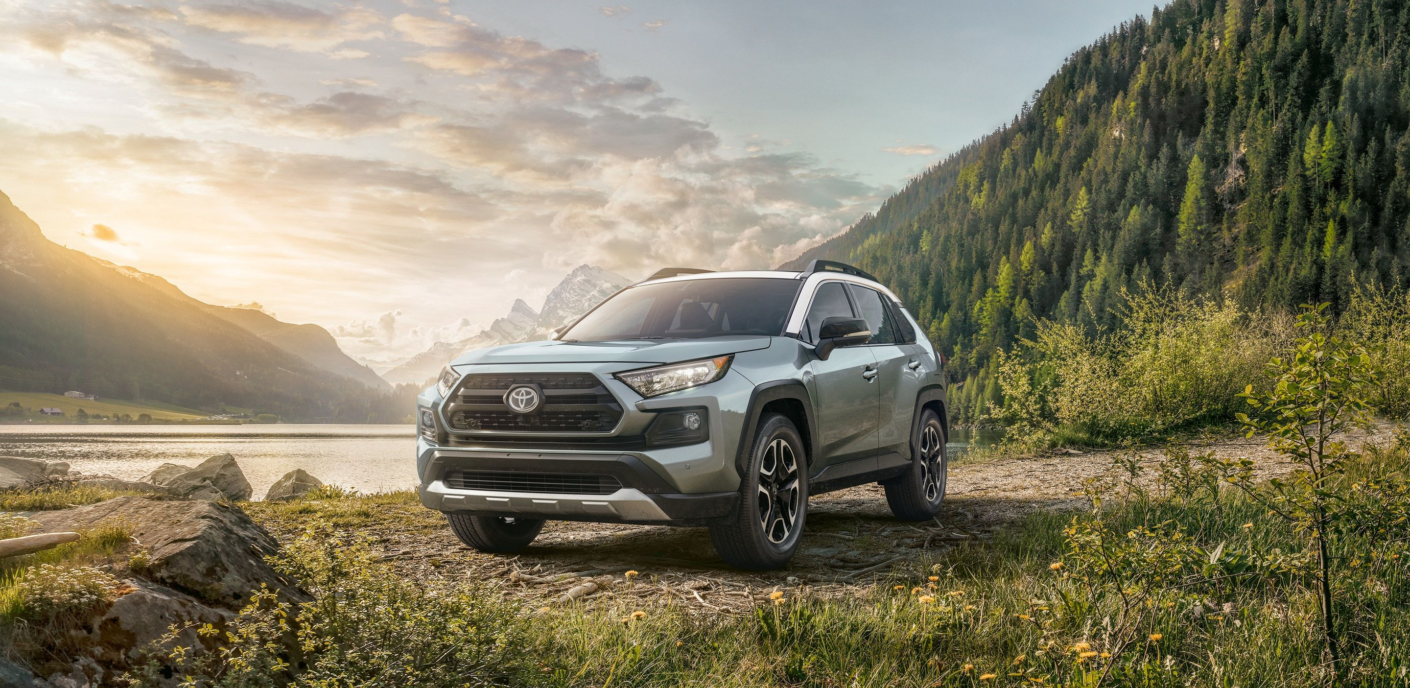 2019 Toyota RAV4 vs 2019 Buick Encore in Kansas City, MO