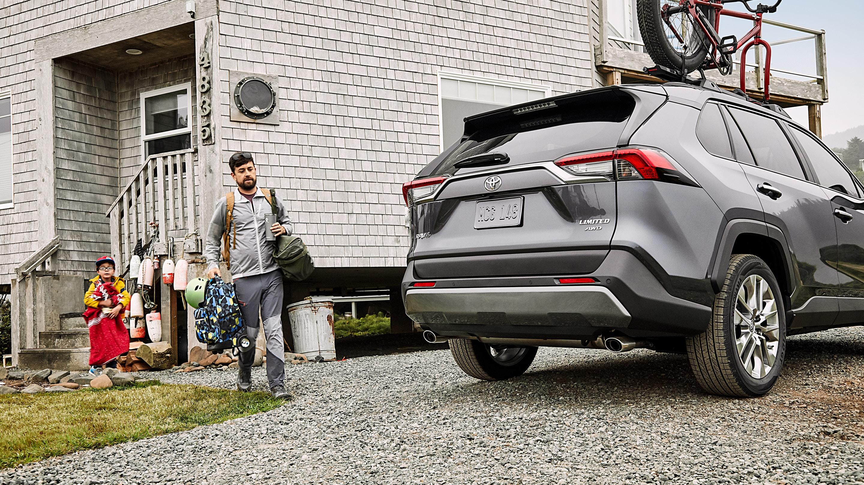 2019 Toyota RAV4 vs 2019 Chevrolet Equinox in New Castle, DE