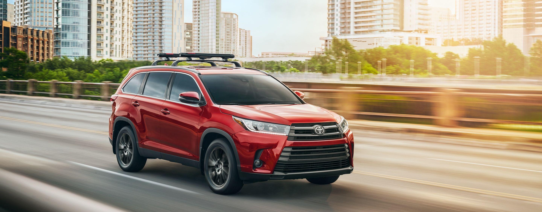 2019 Toyota Highlander Leasing Near Des Moines Ia Toyota Of Des