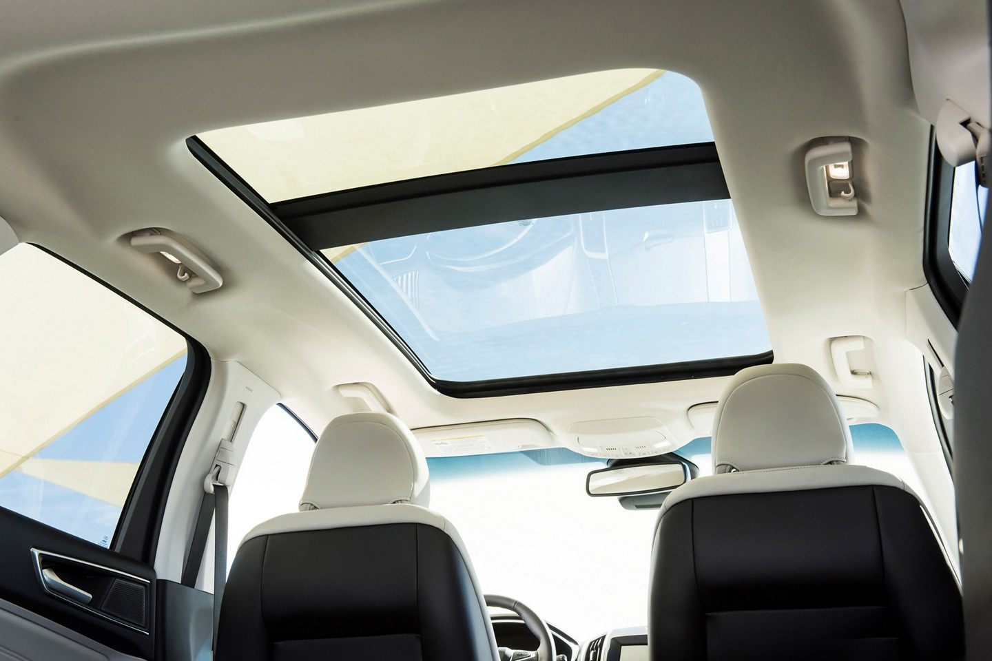 Available Moonroof!