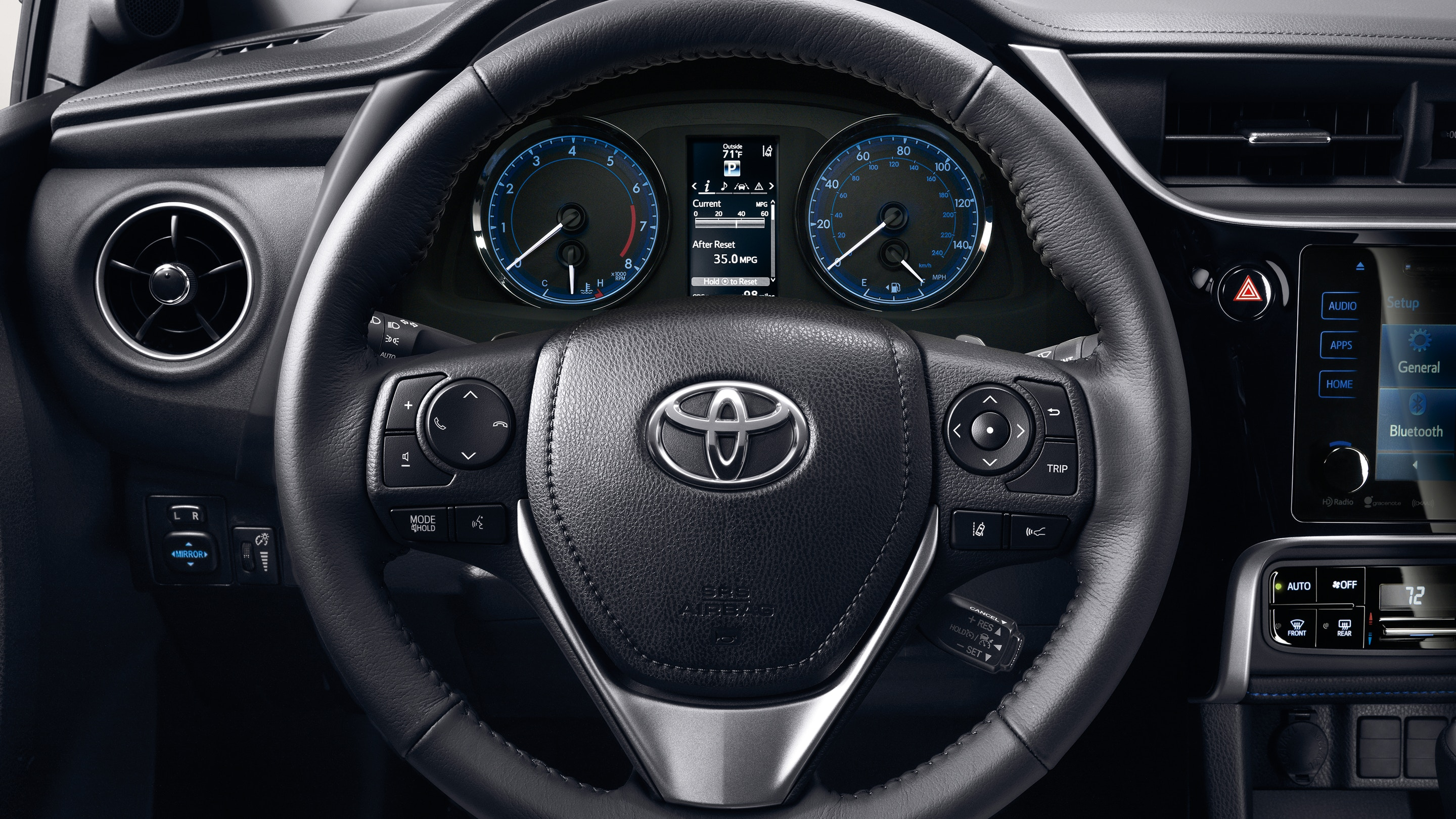 Control Your Audio Conveniently from the Steering Wheel in the Corolla!