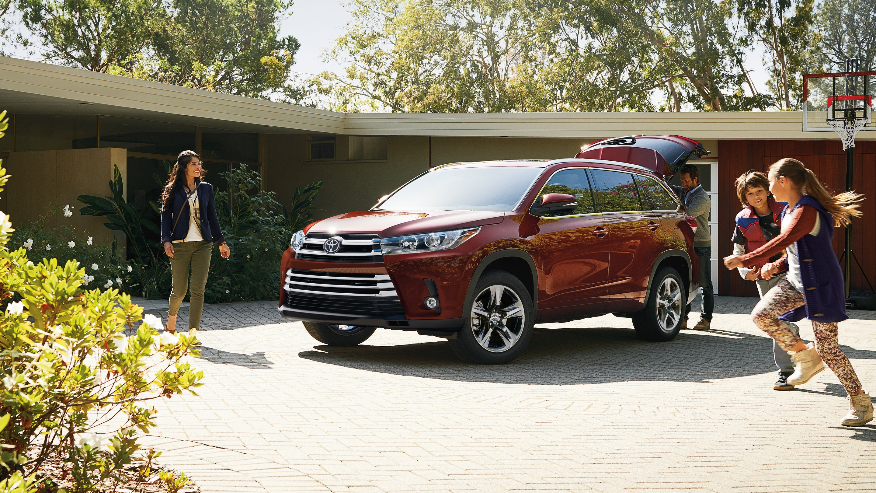 2019 Toyota Highlander vs 2019 Subaru Ascent in Newark, DE