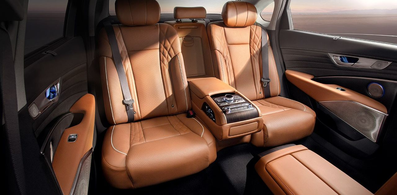 Luxurious Seating in the Kia K900