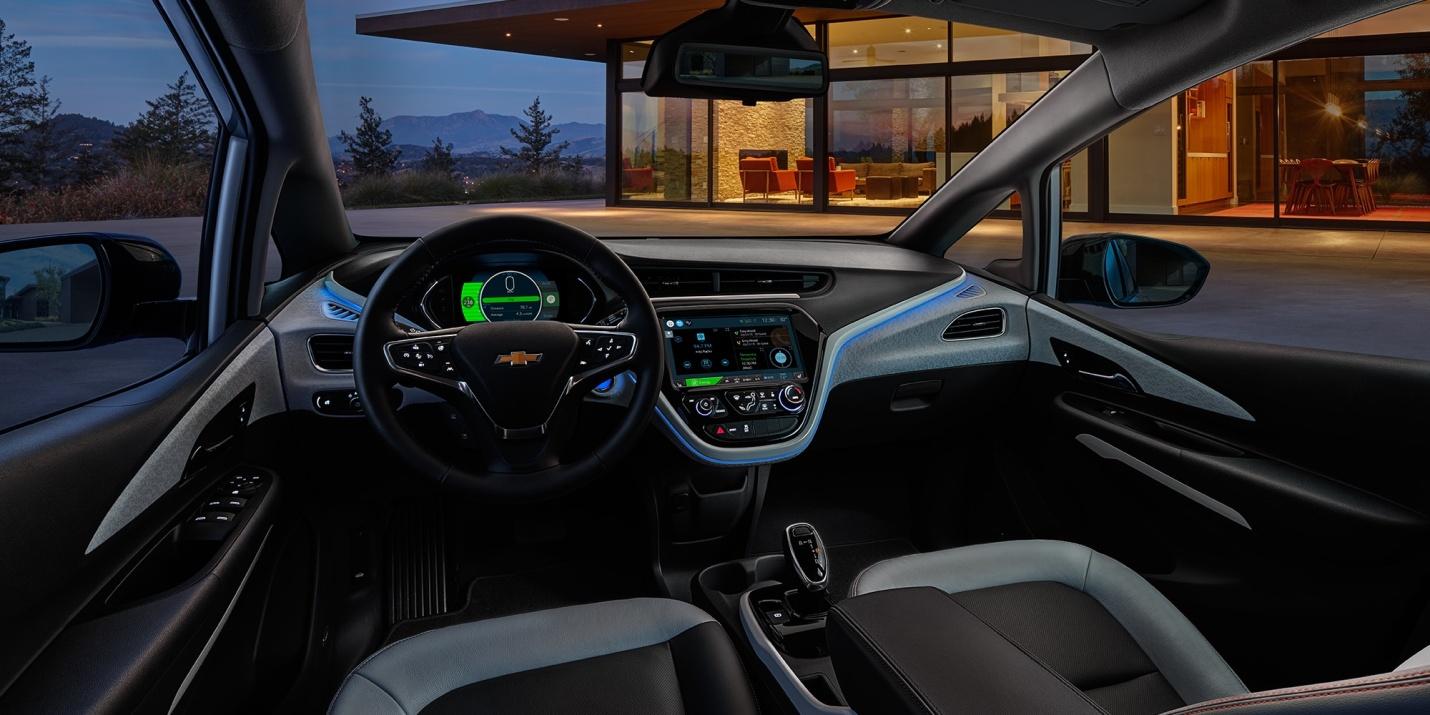 Un interior fresco con sutiles detalles que le suman elegancia al Bolt EV 2019