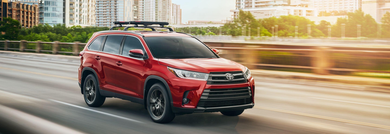 2019 Toyota Highlander Financing near Elmhurst, IL