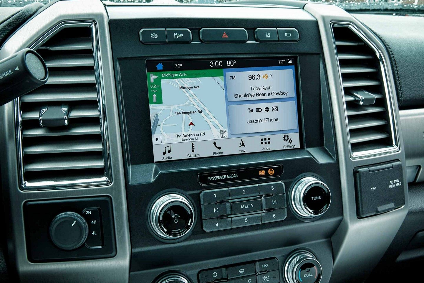 Ford F-250 Infotainment Center