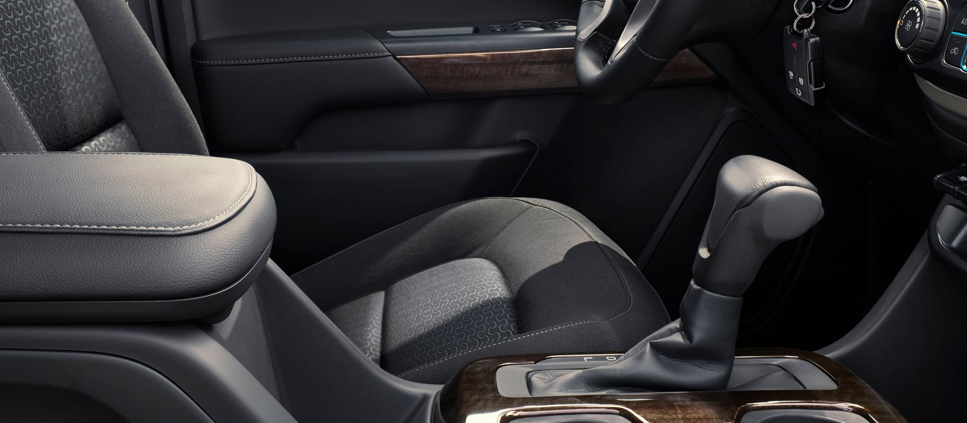 Stylish Touches in the Cab of the GMC Canyon
