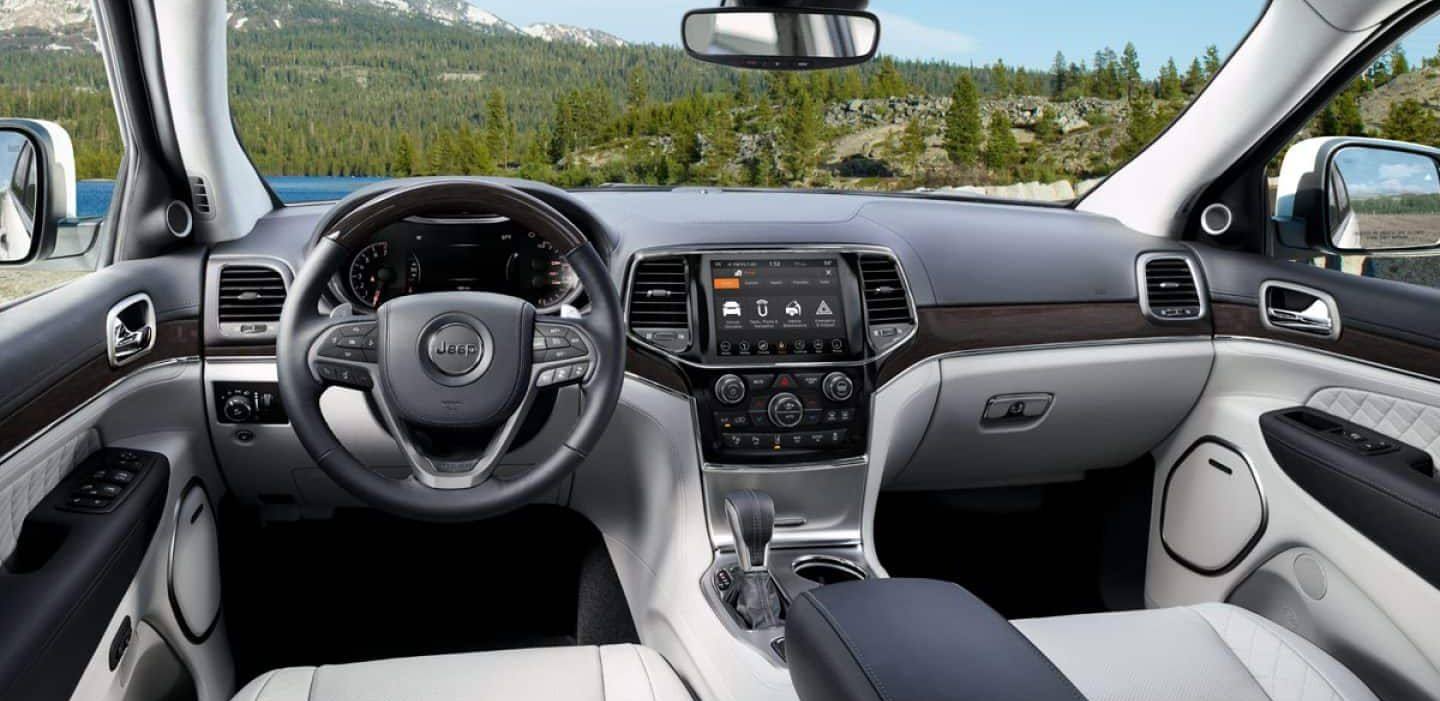 Spacious Interior of the Jeep Grand Cherokee