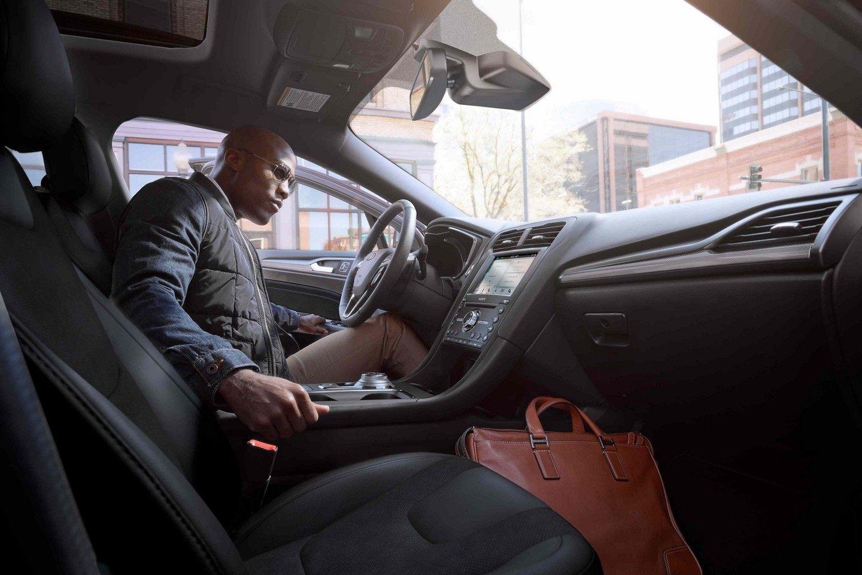 2019 Ford Fusion Cockpit