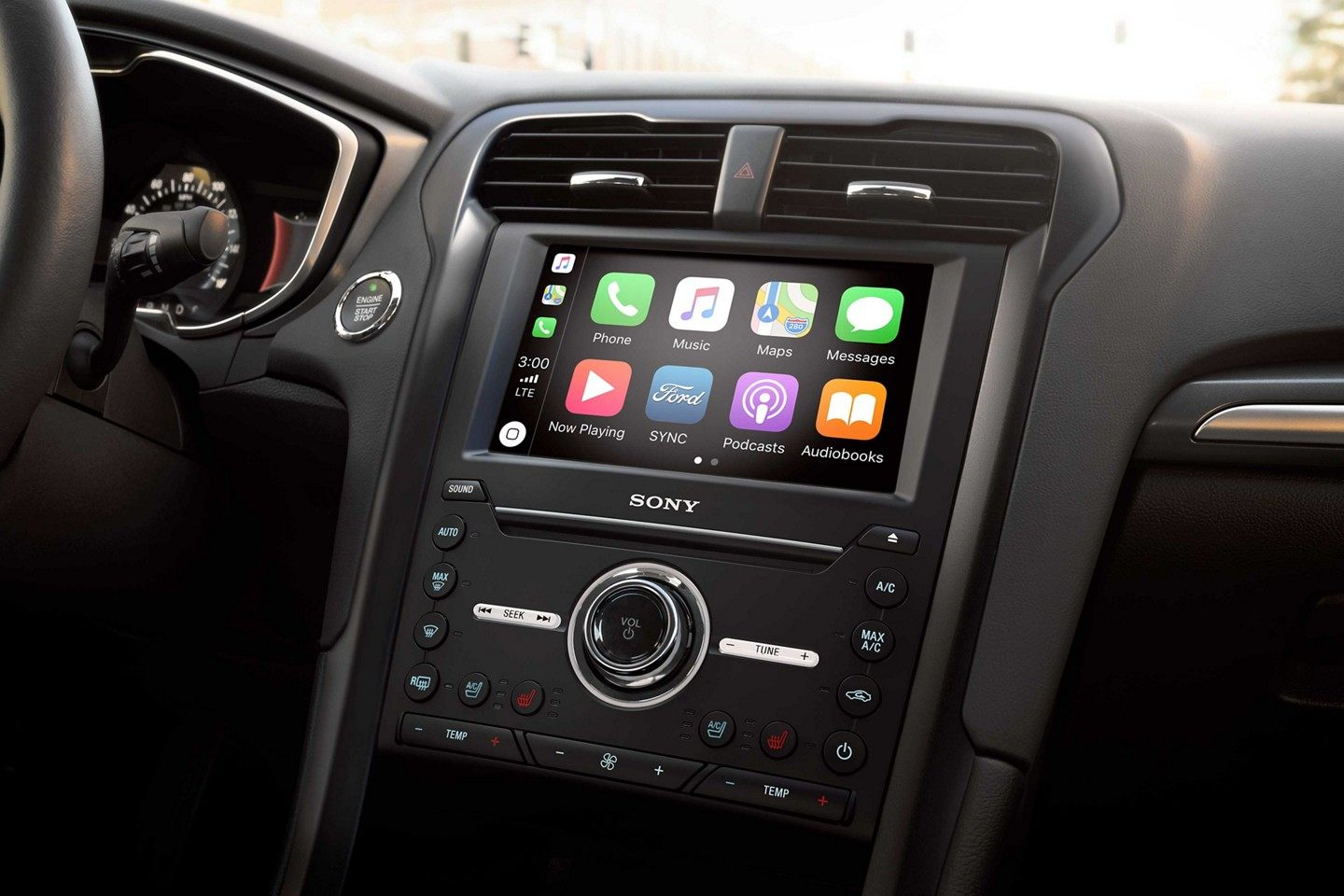 2019 Fusion Infotainment Center