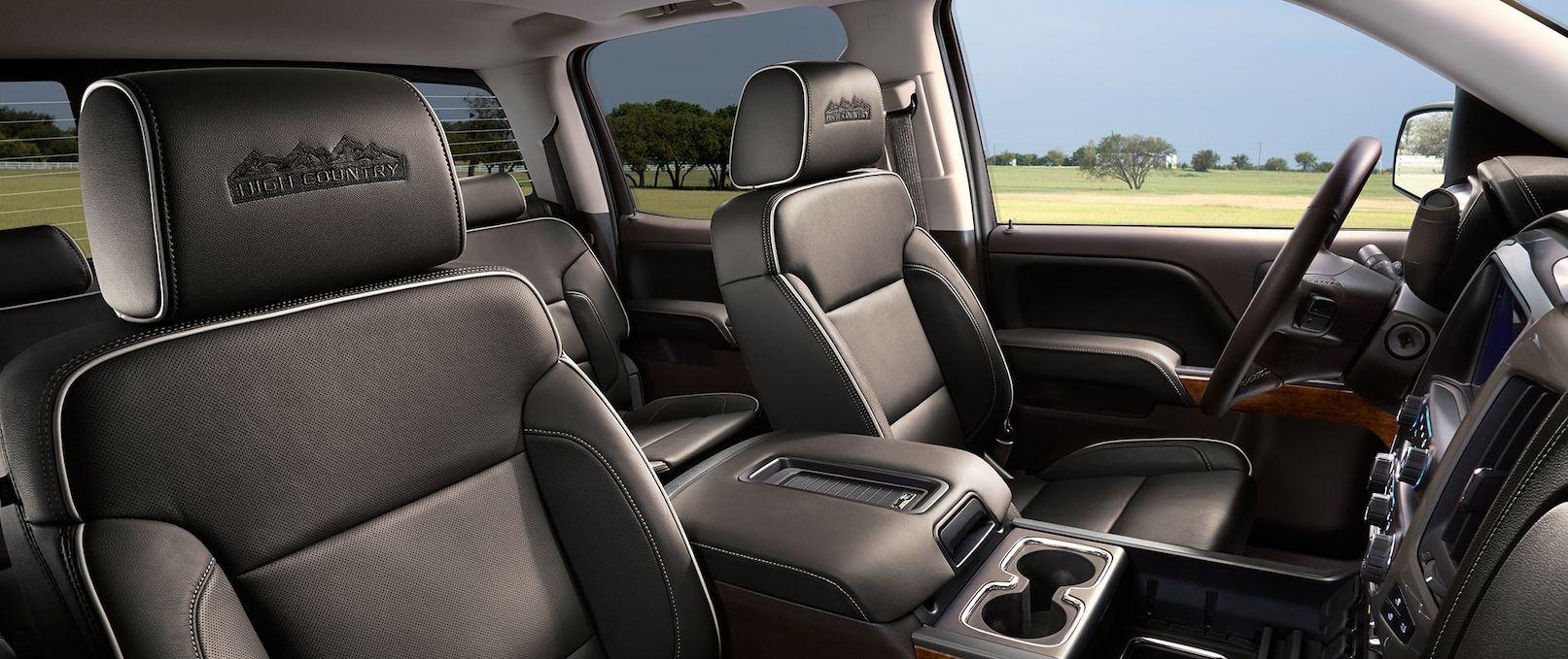 The Plush Interior of the 2019 Chevrolet Silverado 1500