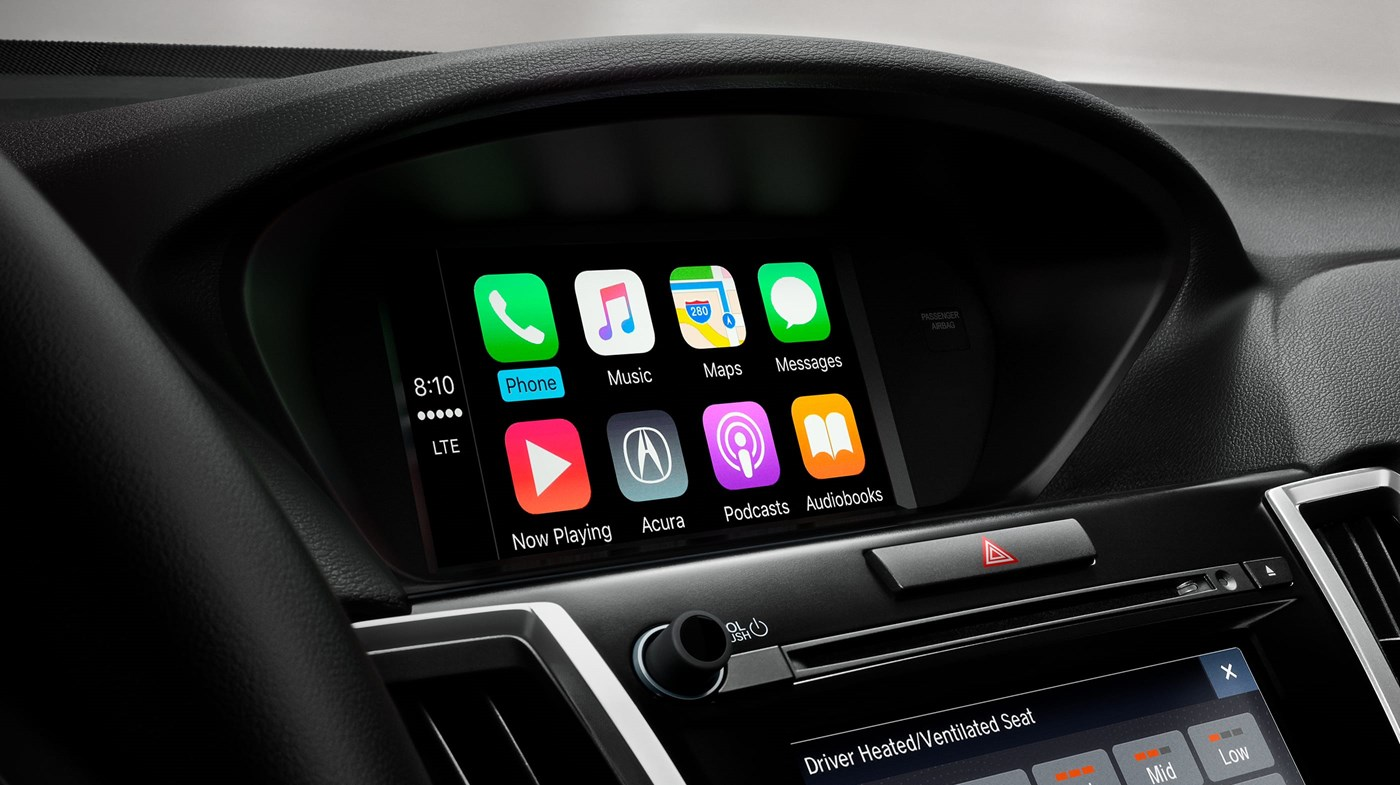 Apple CarPlay in the TLX