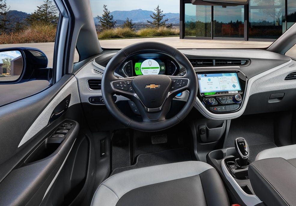 Un interior amplio y confortable.  Único, como el Bolt EV.