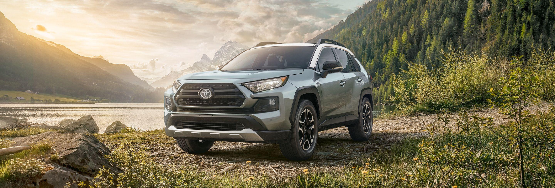 2019 Toyota RAV4 Financing near Cedar Rapids, IA