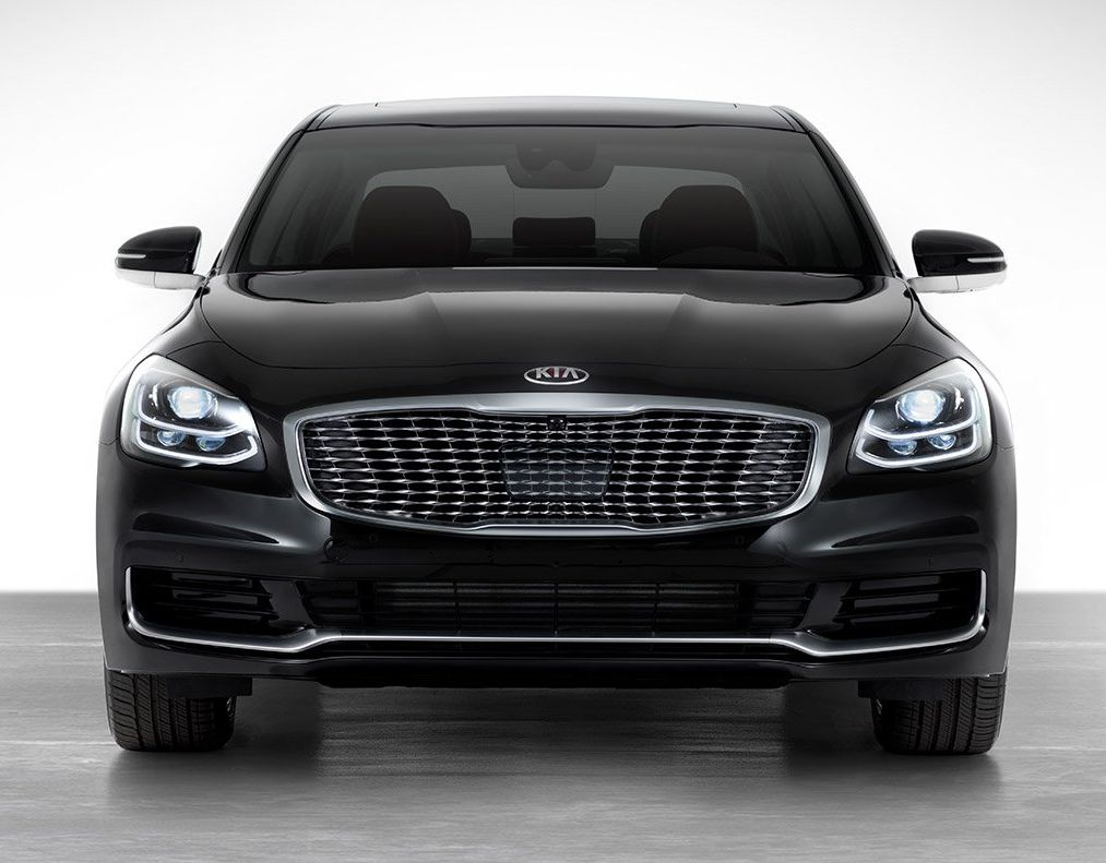 2019 Kia K900 Financing near Pipe Creek, TX