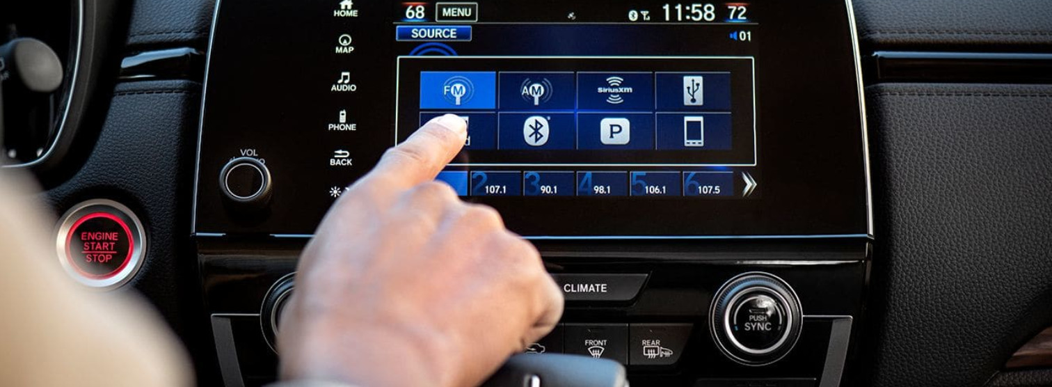 Engaging Technology in the Honda CR-V
