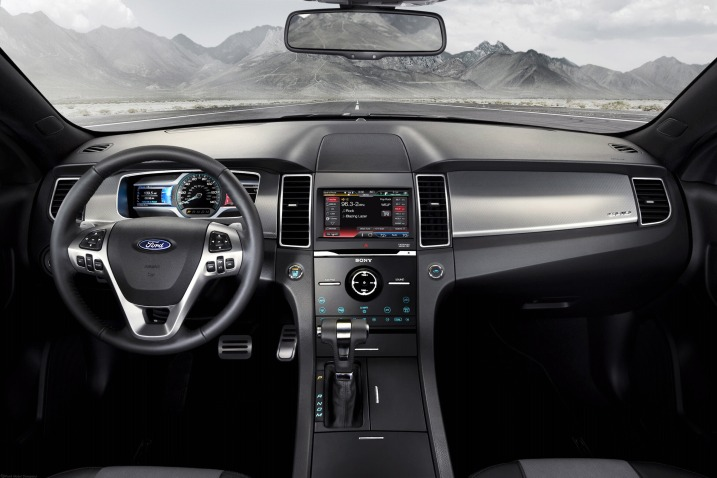 2019 Ford Taurus Center Console