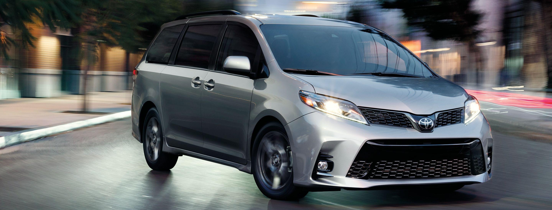 2019 Toyota Sienna Financing near Elmhurst, IL