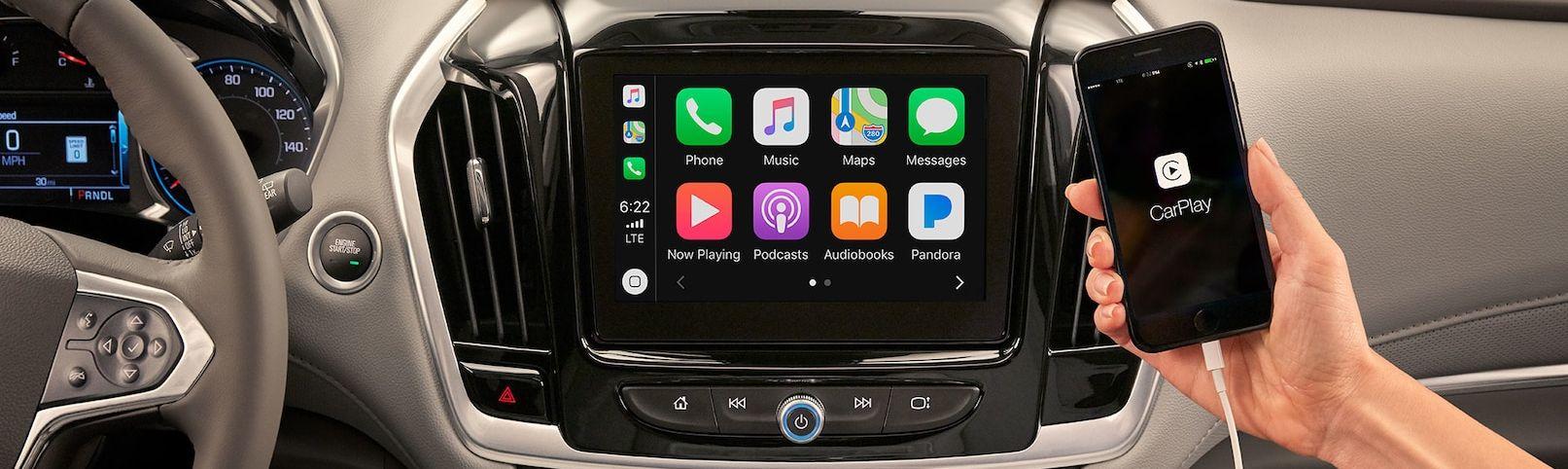 Apple CarPlay in the 2019 Traverse