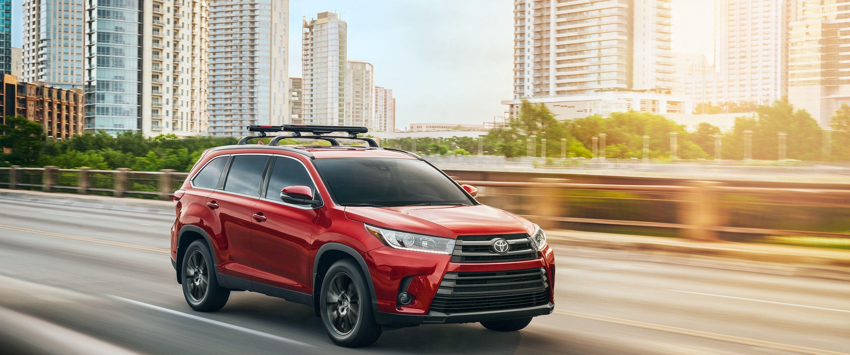 2019 Toyota Highlander for Sale near Raymond, IA