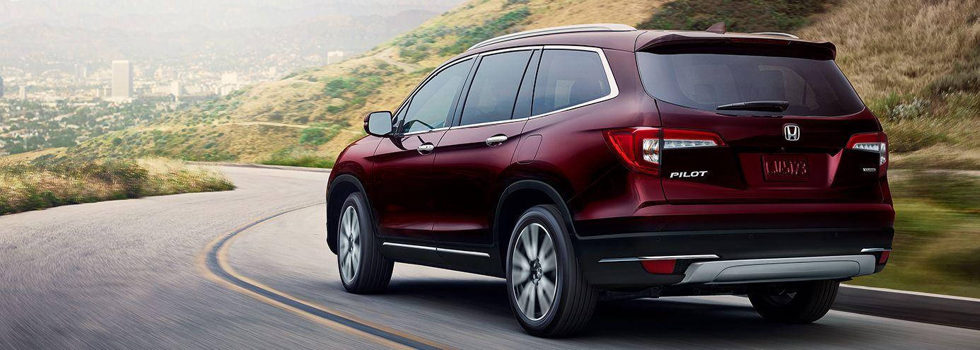 Which Honda SUV Seats Eight Passengers?