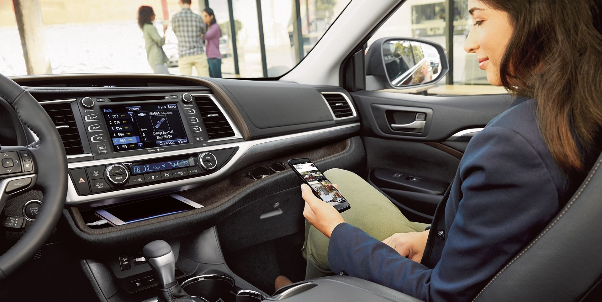 High-Tech Capability in the 2019 Highlander