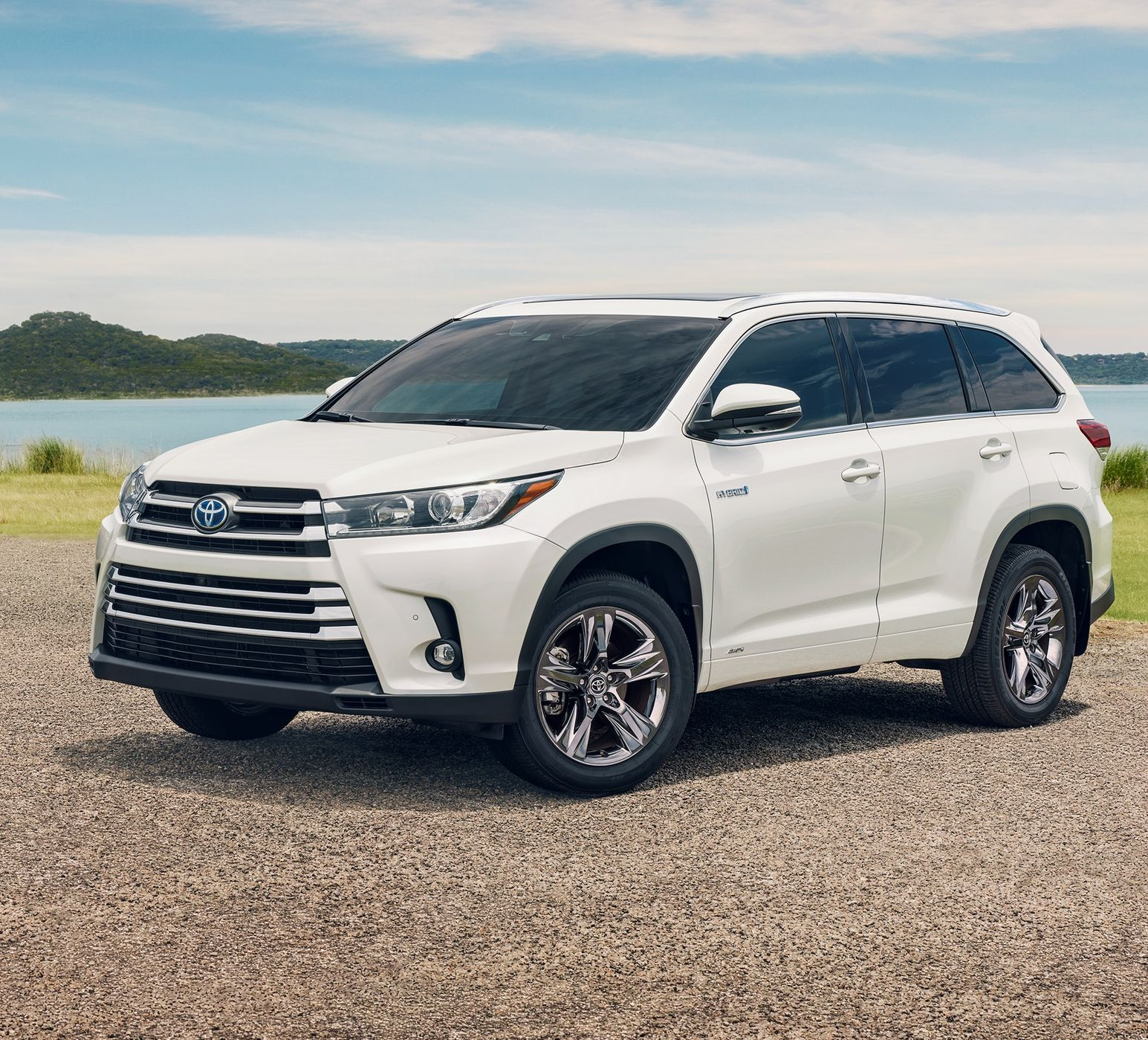 2019 Toyota Highlander Hybrid for Sale near Belton, MO, 64012