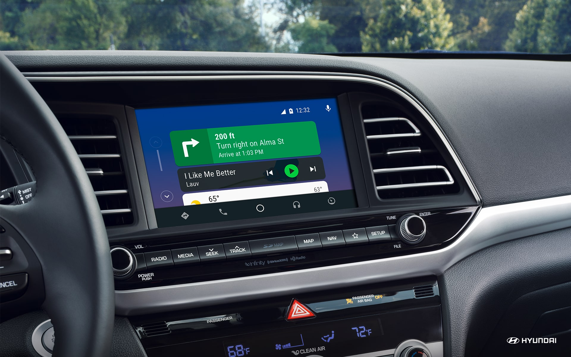 Touchscreen Display in the 2019 Elantra