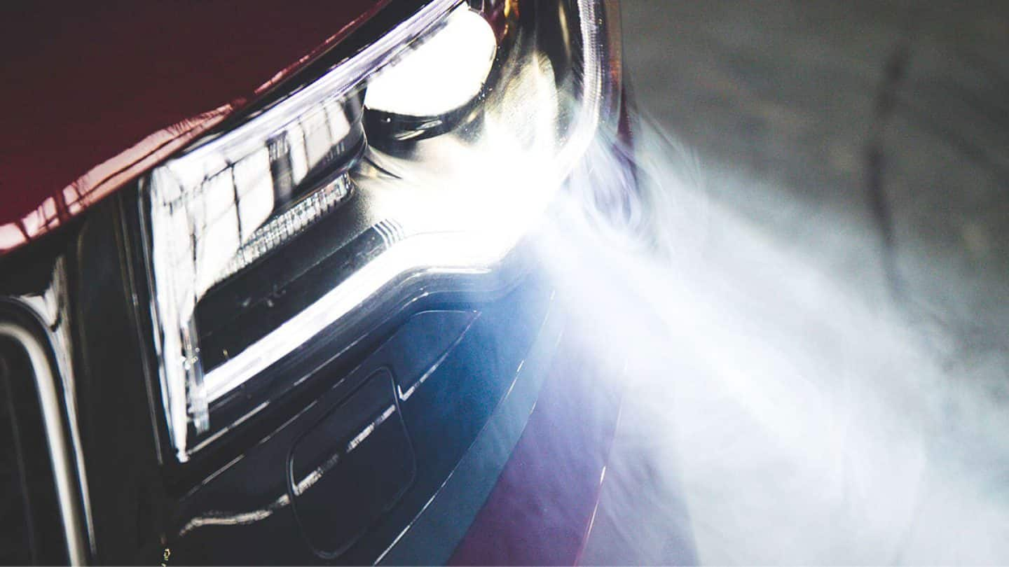 Stunning Jeep Grand Cherokee Headlamps