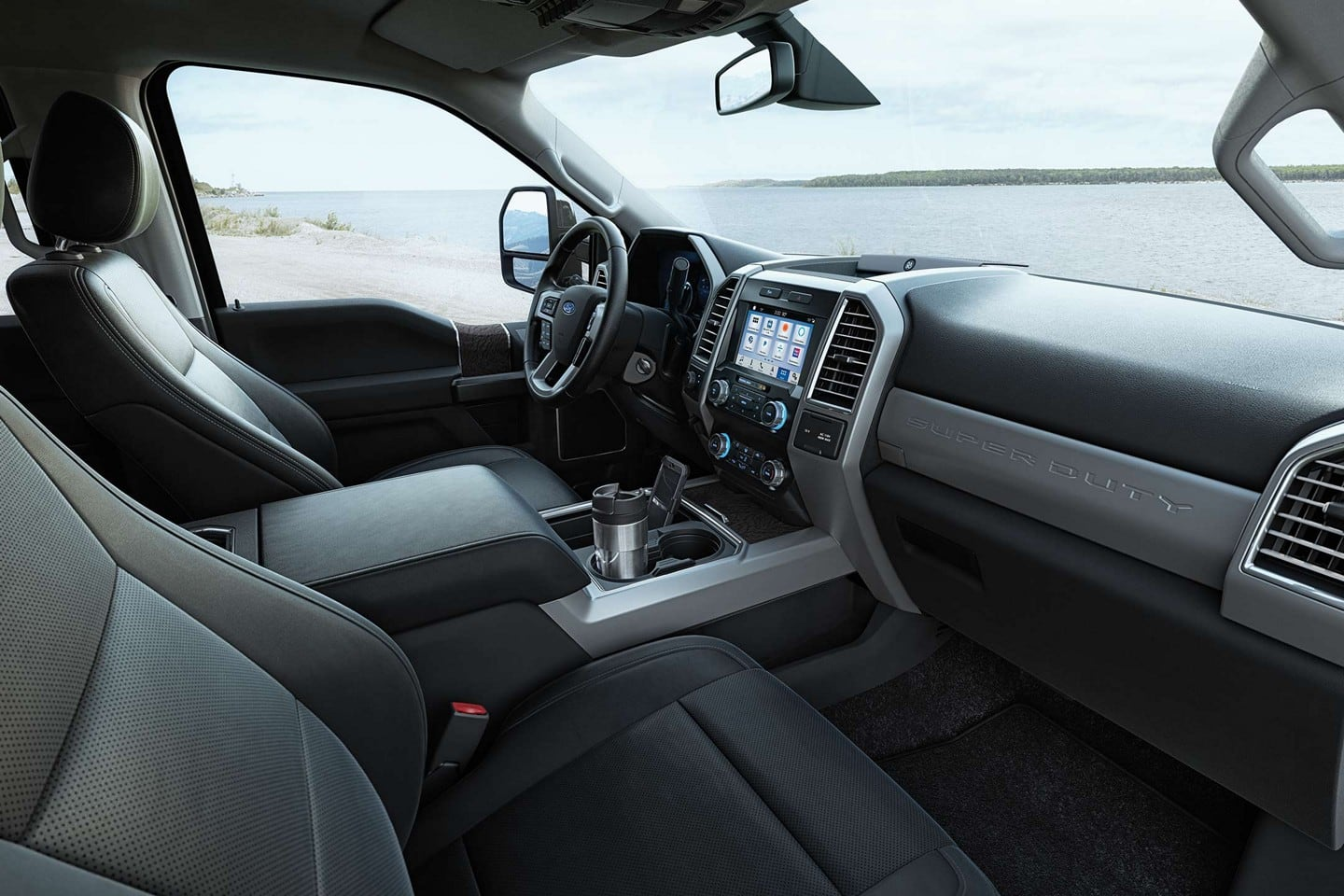 Interior of the 2019 F-250 Super Duty