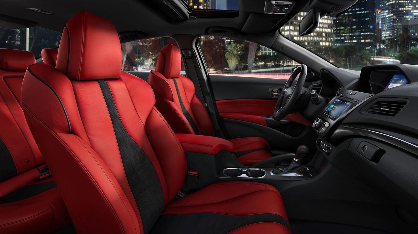 Impactante interior color rojo del Acura ILX 2019 con paquete A-Spec®