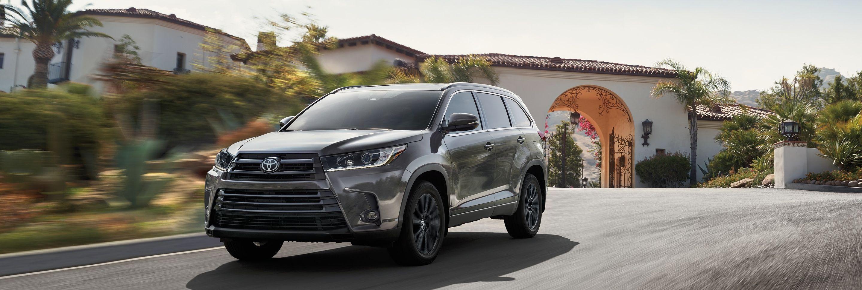 2019 Toyota Highlander for Sale near Schaumburg, IL