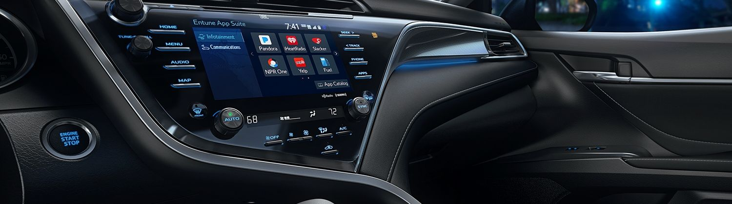 Tech-Loaded Interior of the 2019 Camry