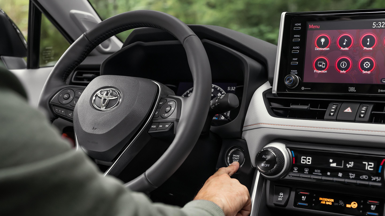 Technology in the 2019 Toyota RAV4