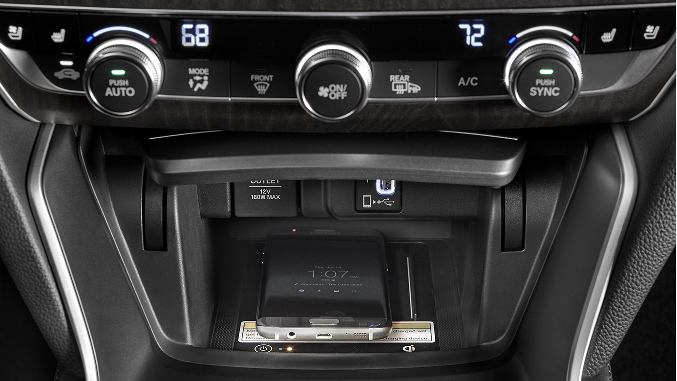 Keep Everyone at the Right Temperature in the 2019 Accord
