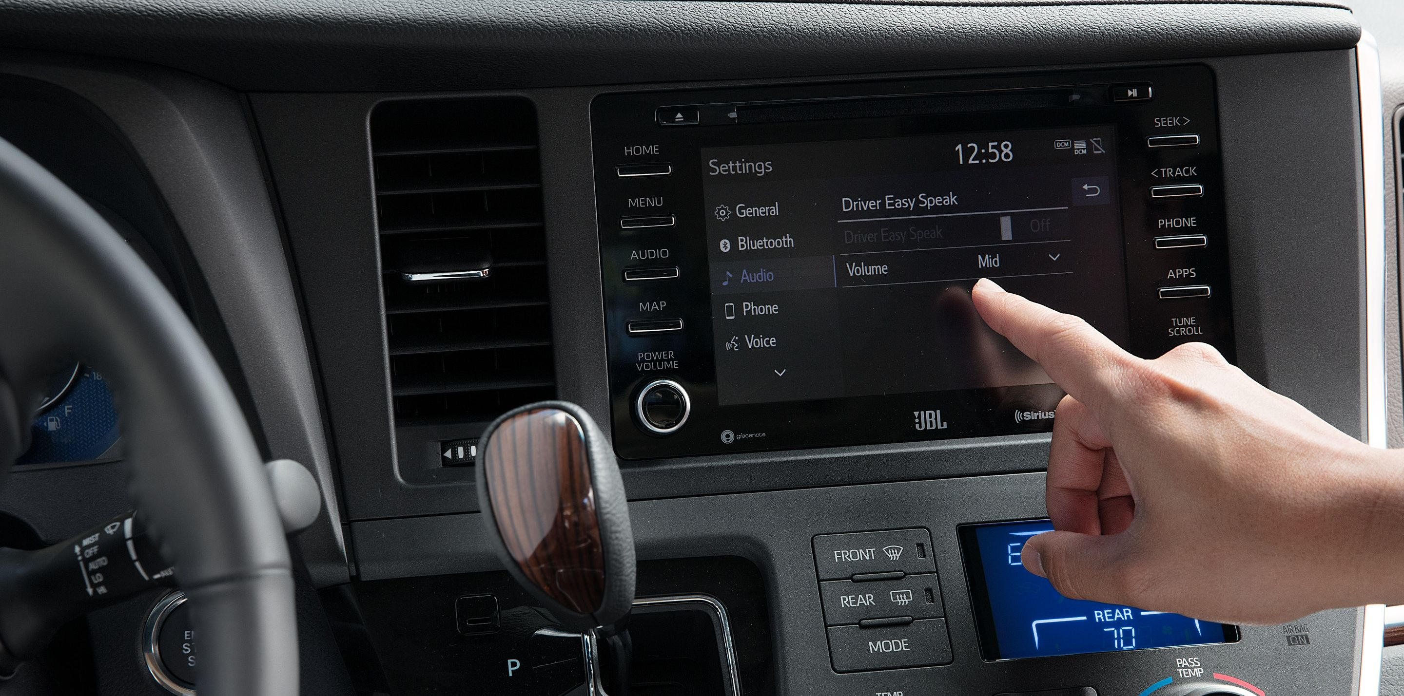 Touchscreen Display in the 2019 Toyota Sienna