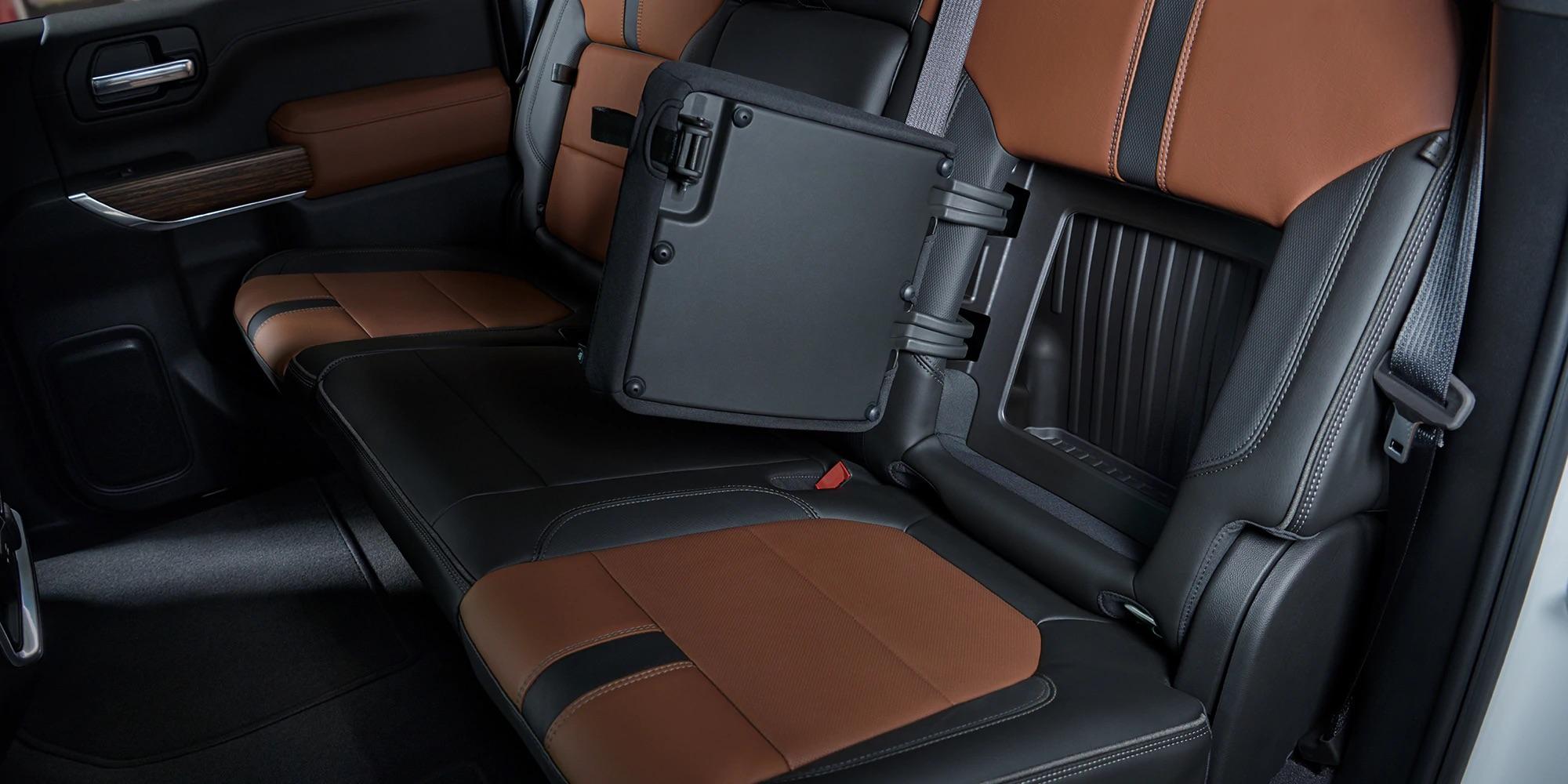 Compartimientos en el interior del Chevy Silverado 1500 2019