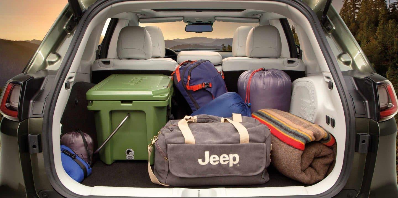 Plenty of Room in the 2019 Jeep Cherokee