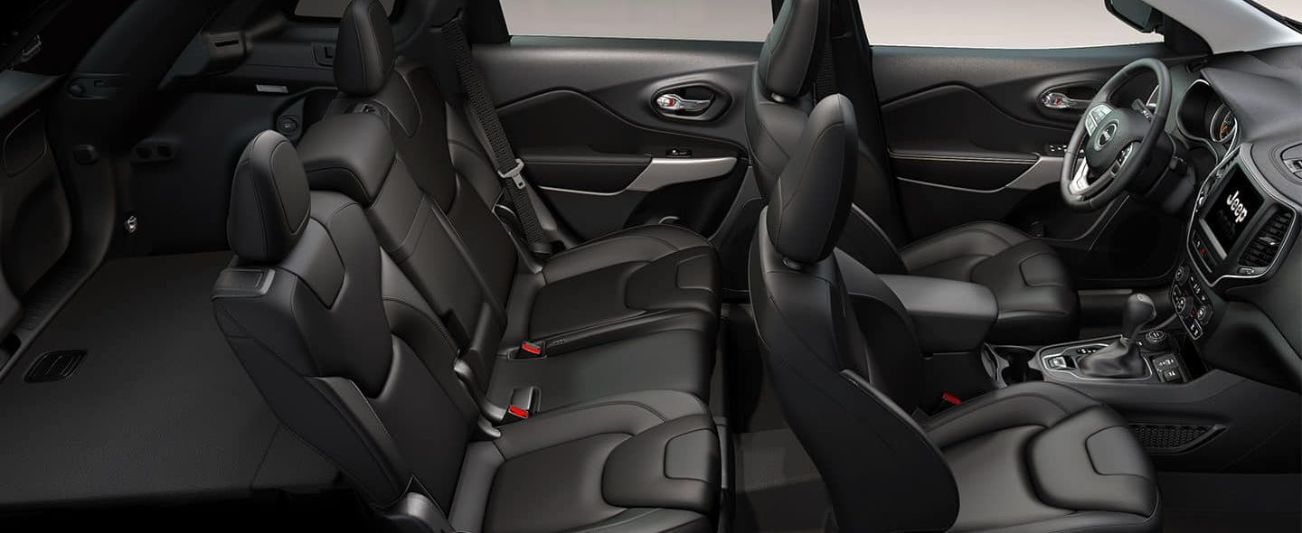 Spacious Cabin of the 2019 Jeep Cherokee