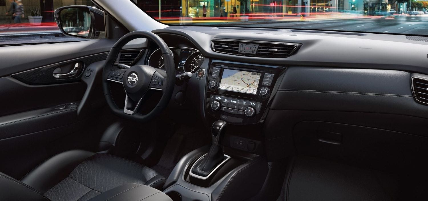 Tech-Loaded Interior of the 2019 Rogue