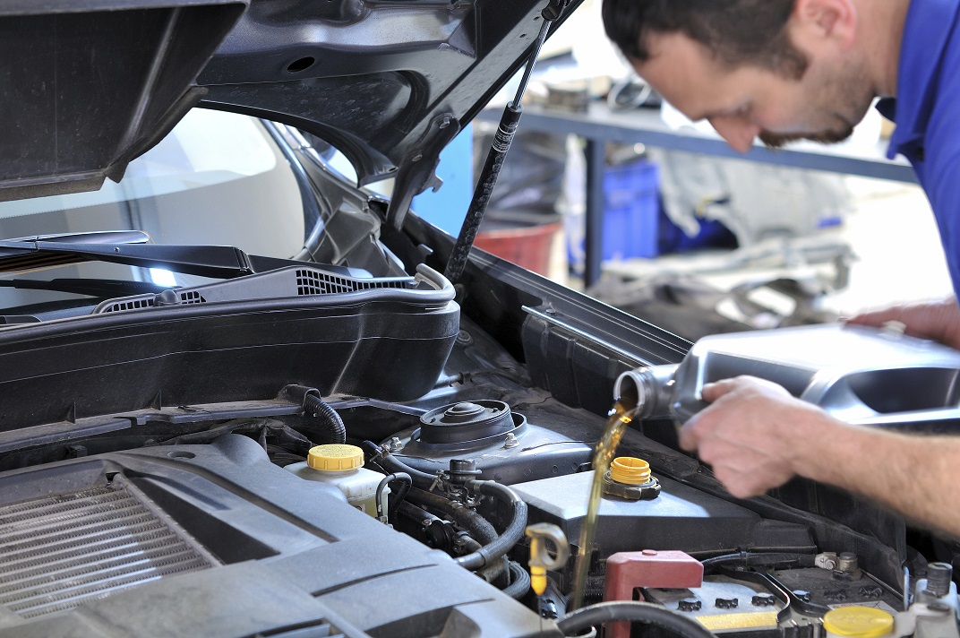 Oil Change Service near Naperville, IL
