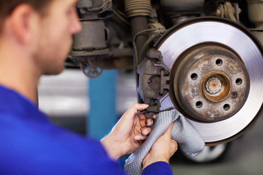 Brake Pad Replacement Service near Des Moines, IA