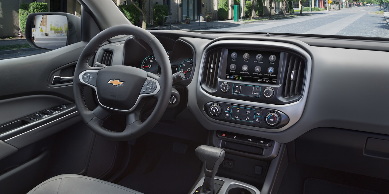 Interior of the 2019 Chevrolet Colorado