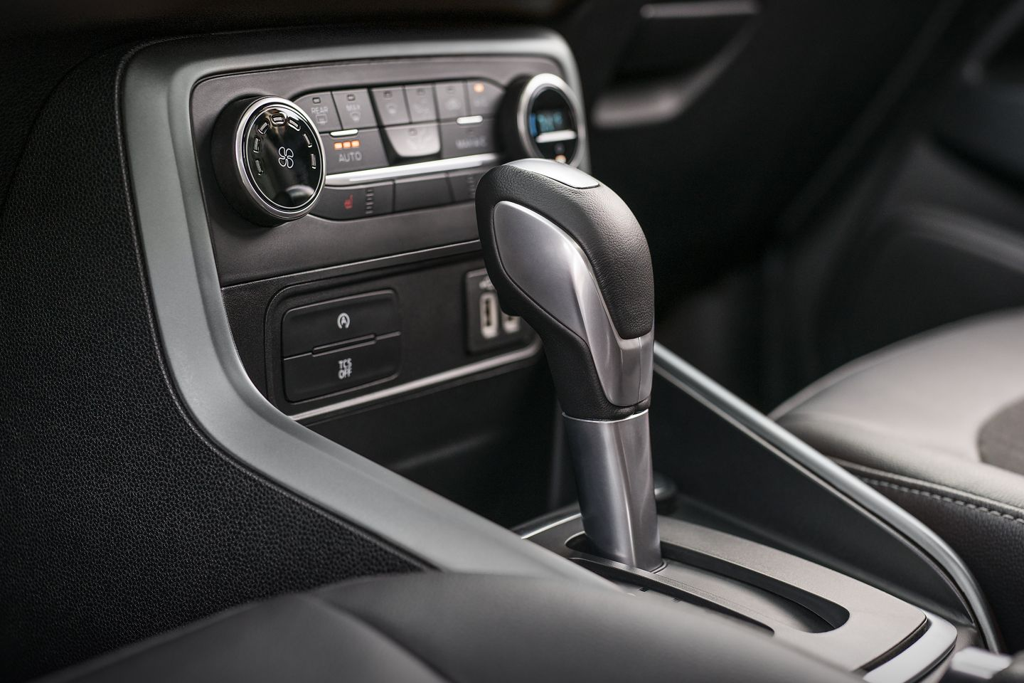 2019 Ford EcoSport Gear Shifter