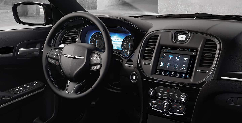 Interior of the 2019 Chrysler 300