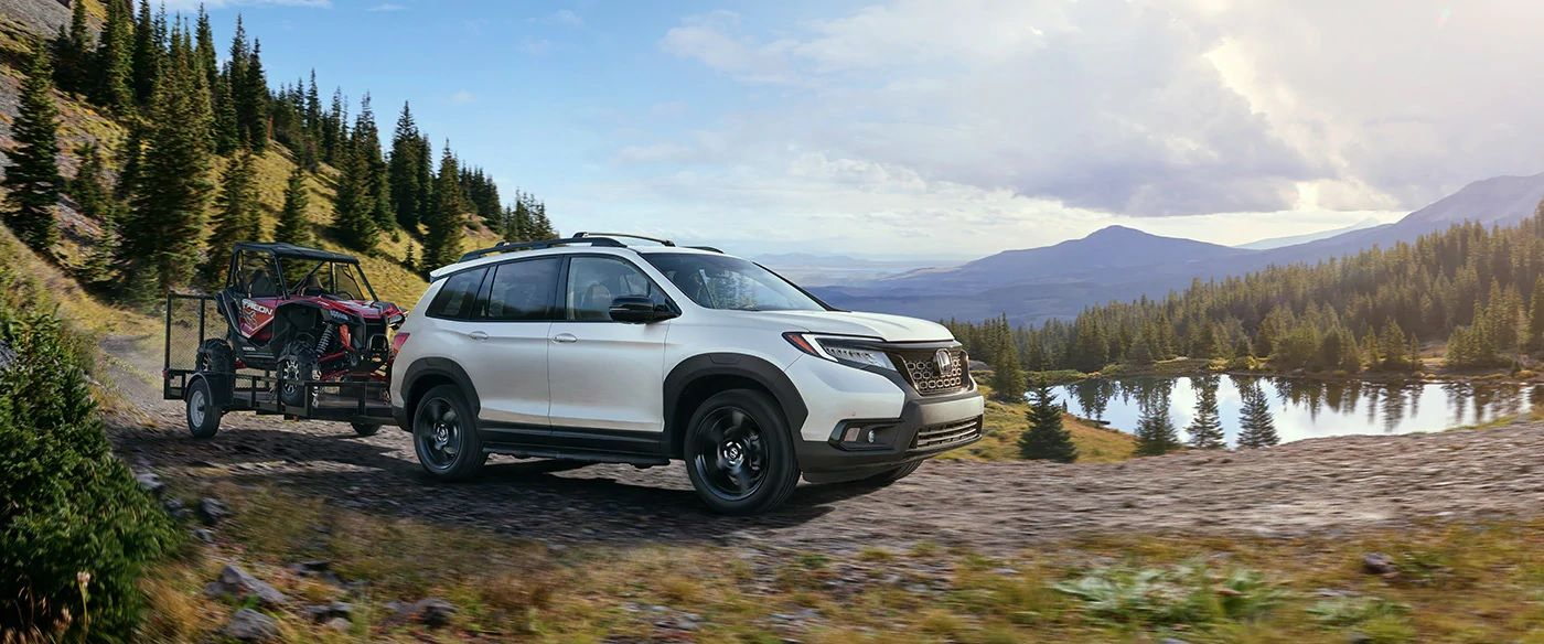 2019 Honda Passport vs 2019 Toyota Highlander near Naperville, IL