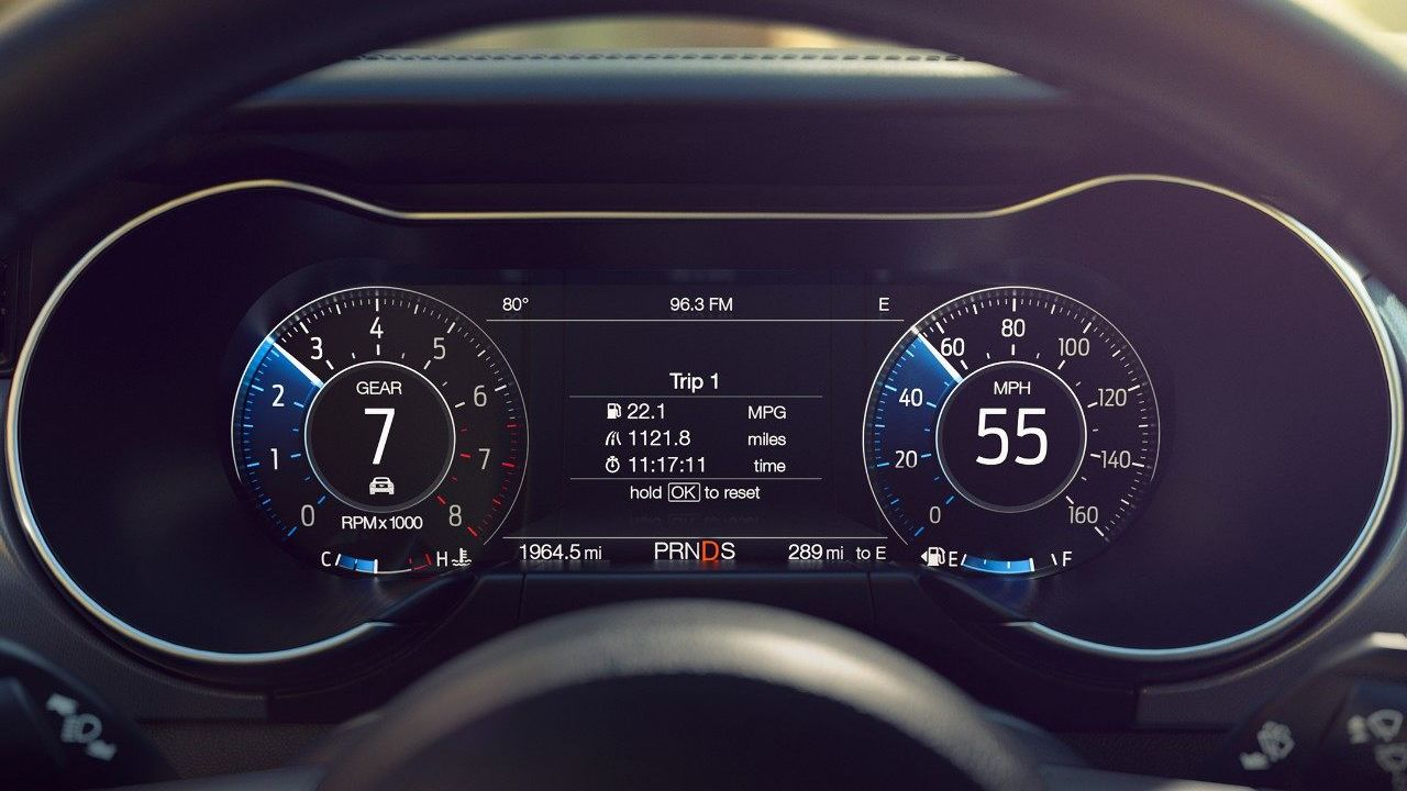 Customize Your Instrument Cluster in the 2019 Mustang