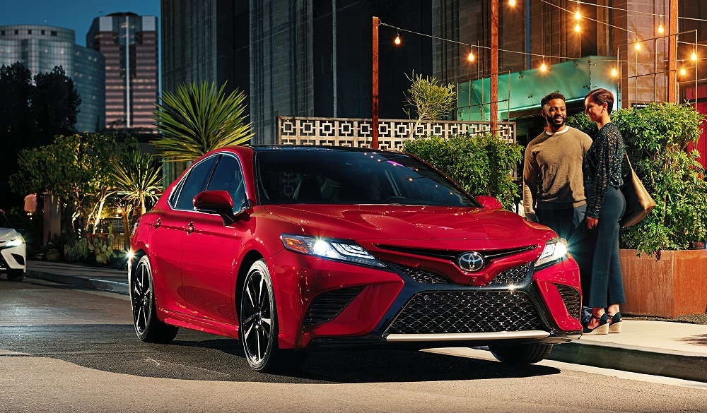 2019 Toyota Camry vs 2019 Honda Accord near Glen Mills, PA
