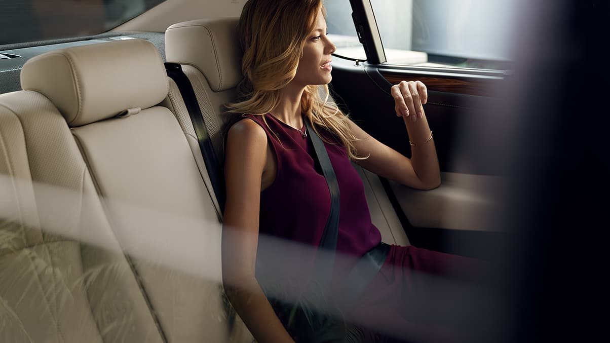 Enjoy Full Comfort in the ES 350!
