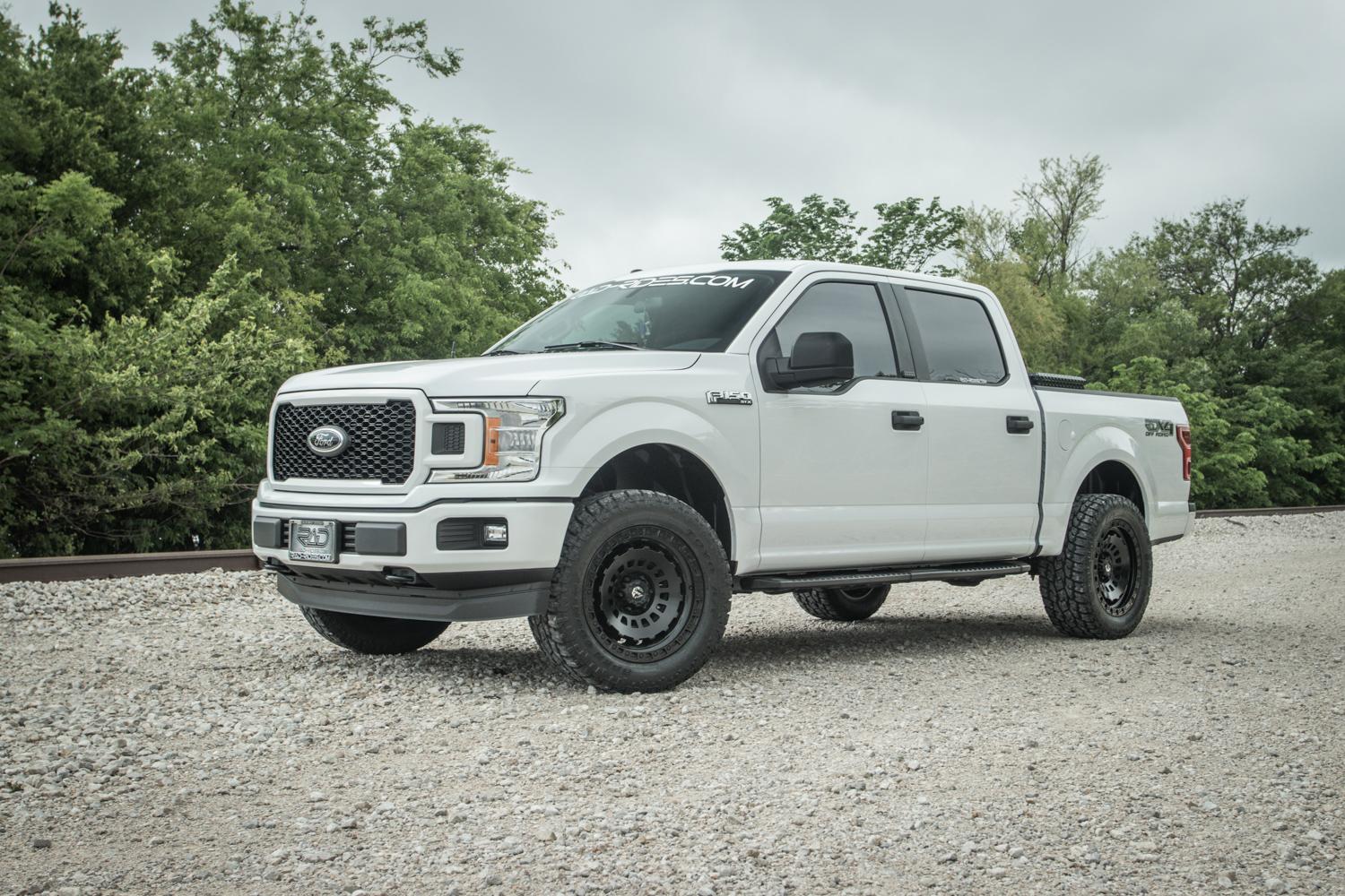 2019 Ford F 150 Stx Oxford White With Fuel 20 Inch Zephyr Beadlock Wheels